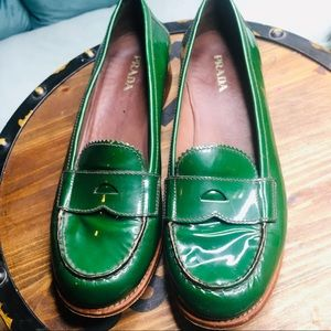 Prada green patent leather loafers sz 10